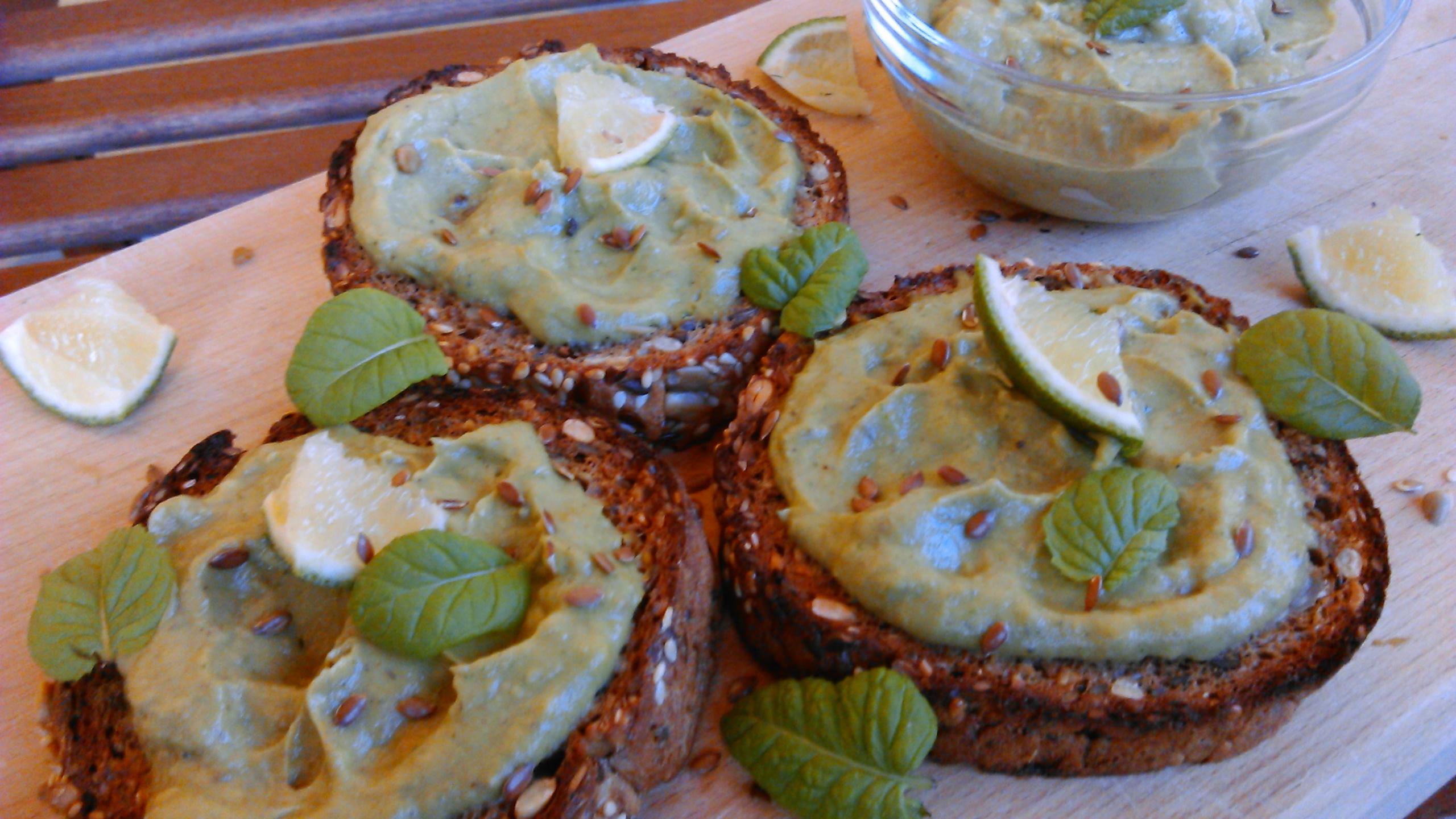 Avokádókrém recept – az extra egészséges kence!