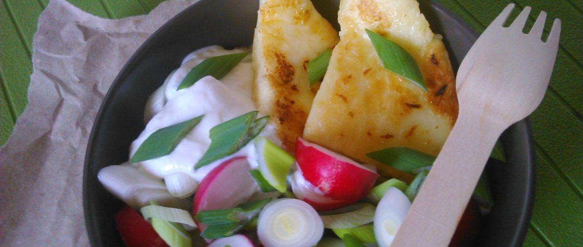 Tavaszi saláta újhagymával és retekkel