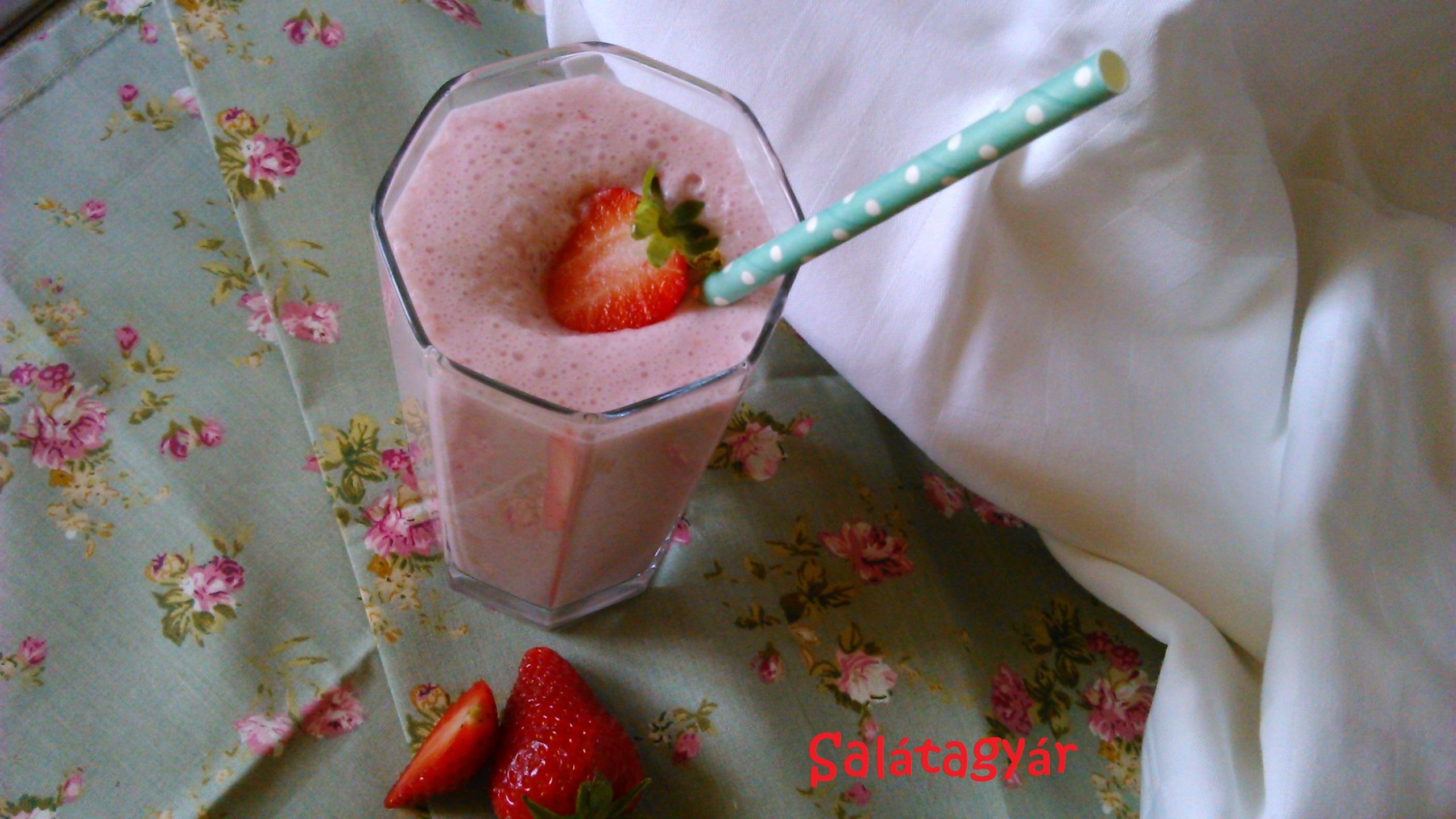 Diétás eperturmix recept – cukormentes, tej nélkül