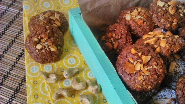 Zabpelyhes keksz (kesudiós, csokis)