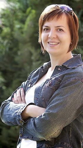 Szaszkó Reya, Salátagyár diétás blog