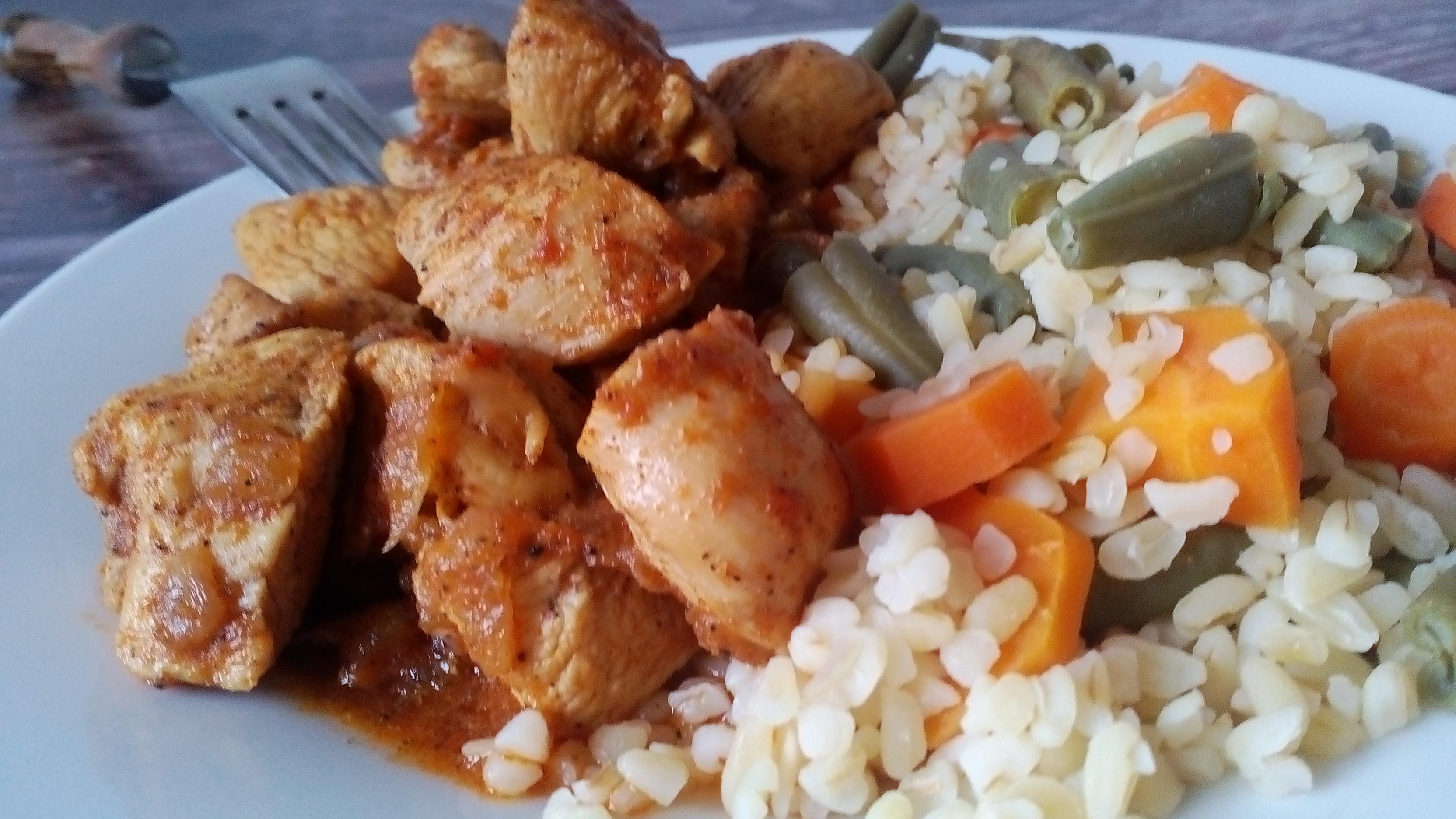 Csirkepörkölt csirkemellből diétás recept