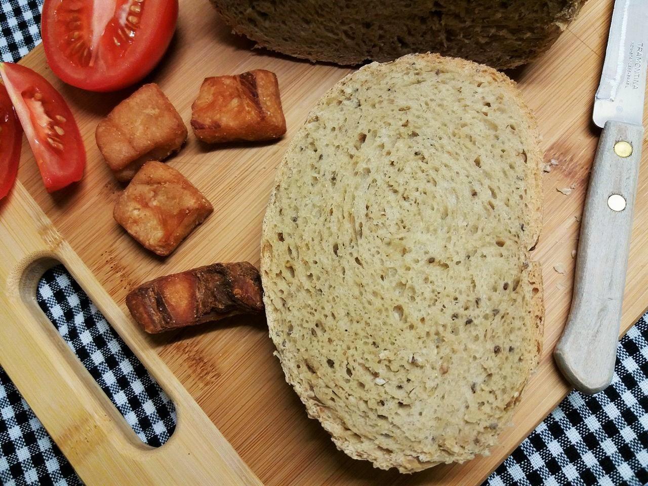 Szénhidrátcsökkentett kenyér kenyérsütőben