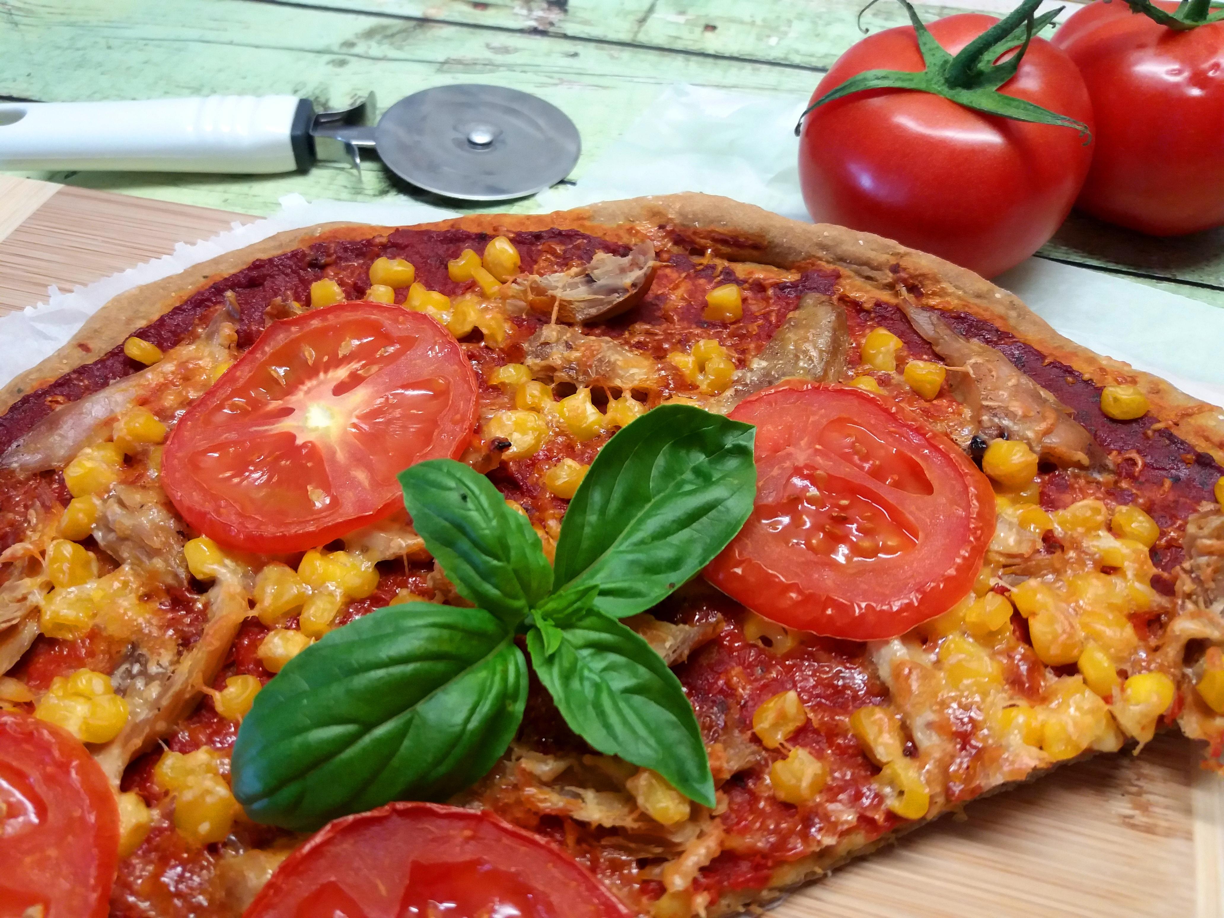 A legegyszerűbb, vékonytésztás -50 %-kal CH csökkentett pizza