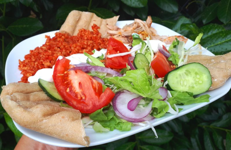 Diétás gyros recept paradicsomos bulgurral (törökrizzsel) és szénhidrátcsökkentett pitával