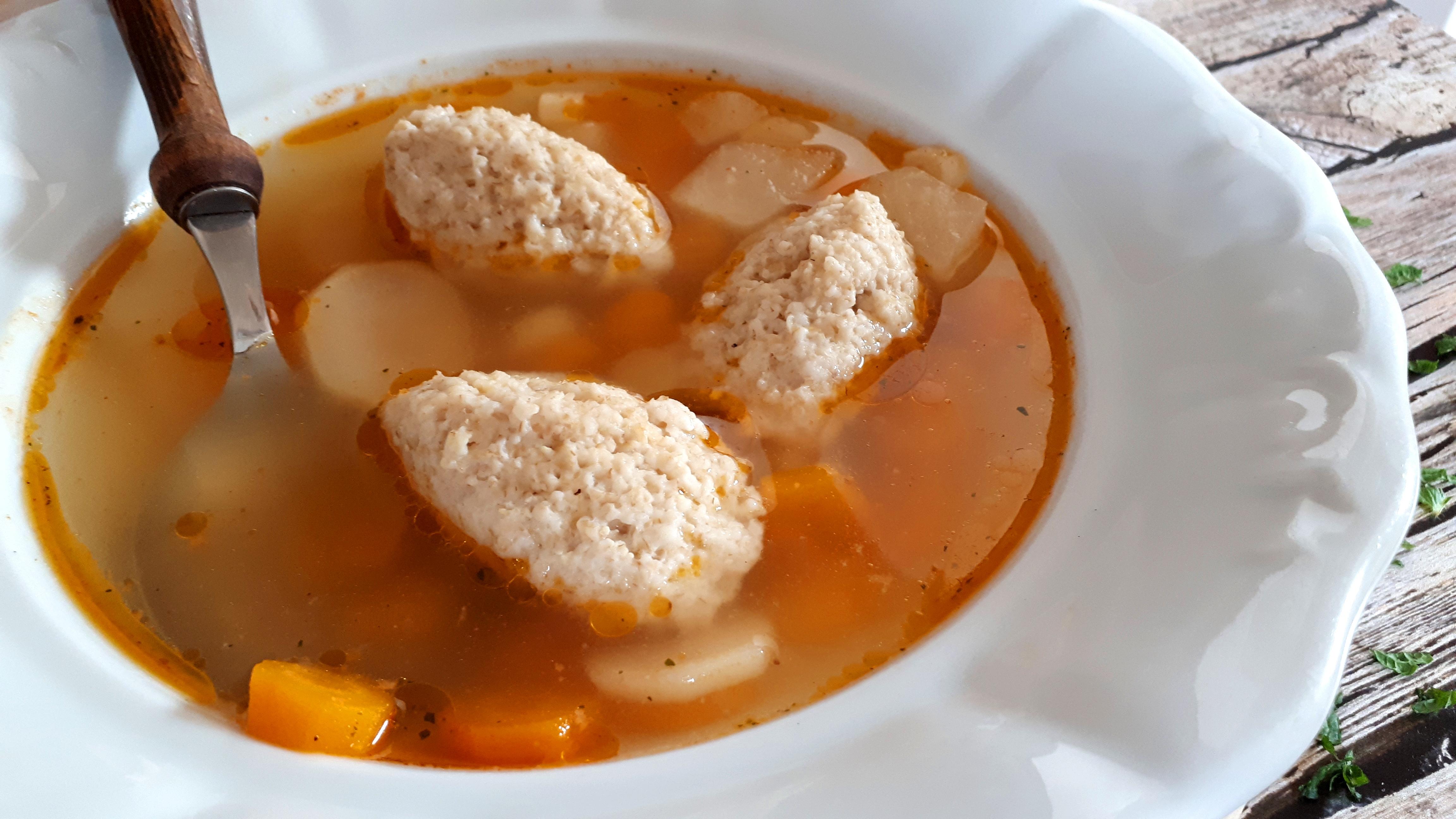 Zabgaluska: grízgaluska zabkorpából, diétás levesekhez
