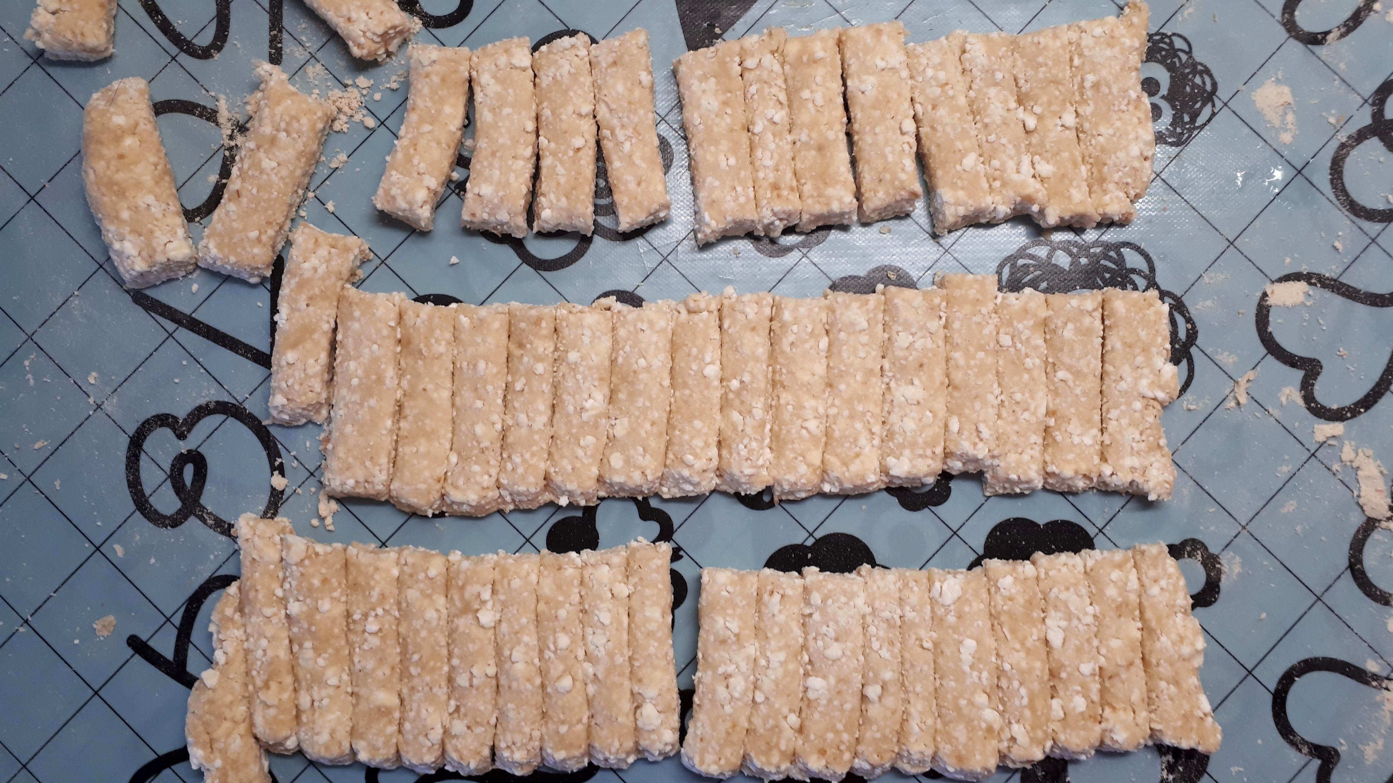 Stíriai metélt diétásan szénhidrátcsökkentett tésztából, cukor nélkül