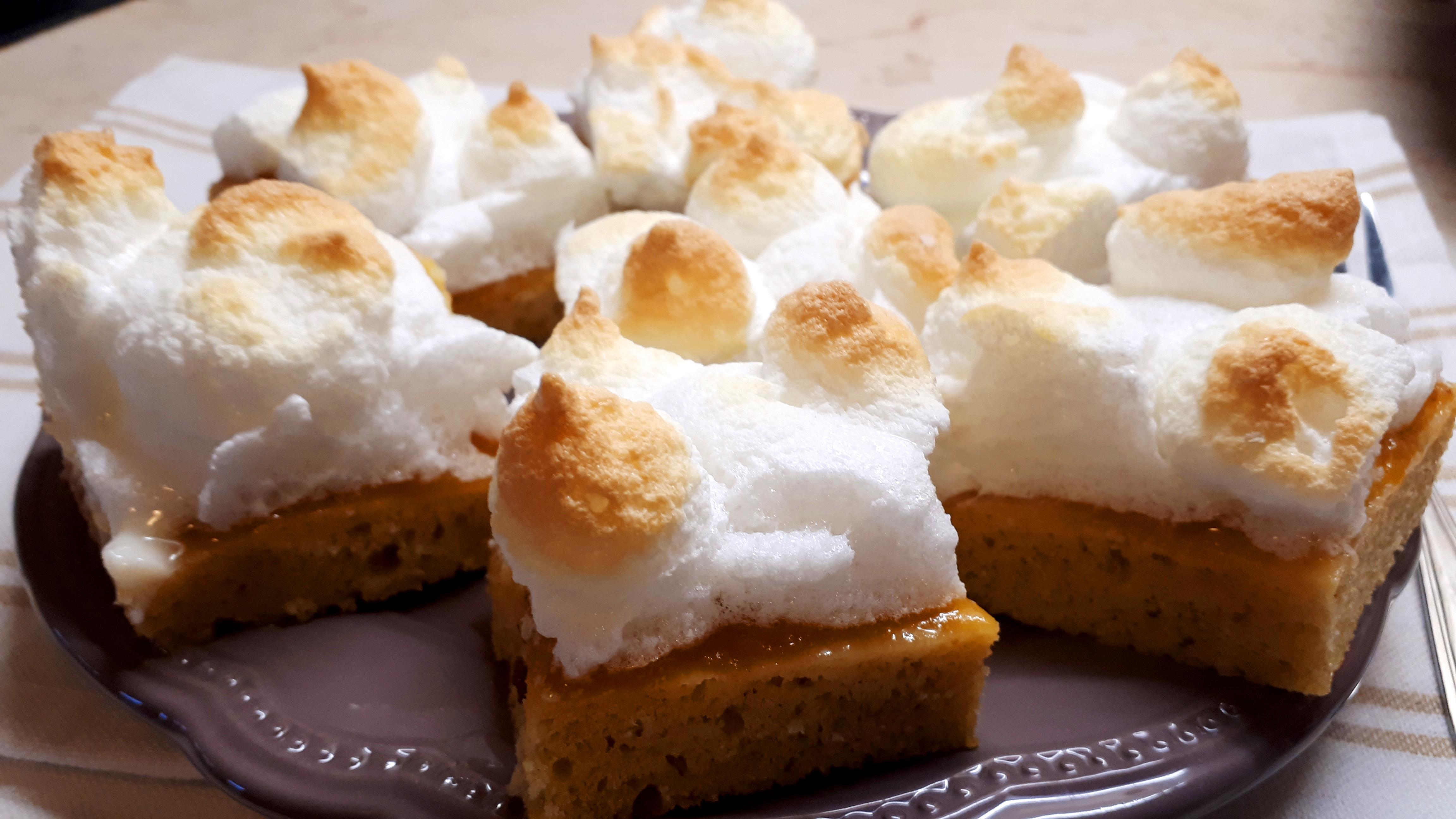 Női szeszély sütemény diétásan cukor és fehér liszt nélkül