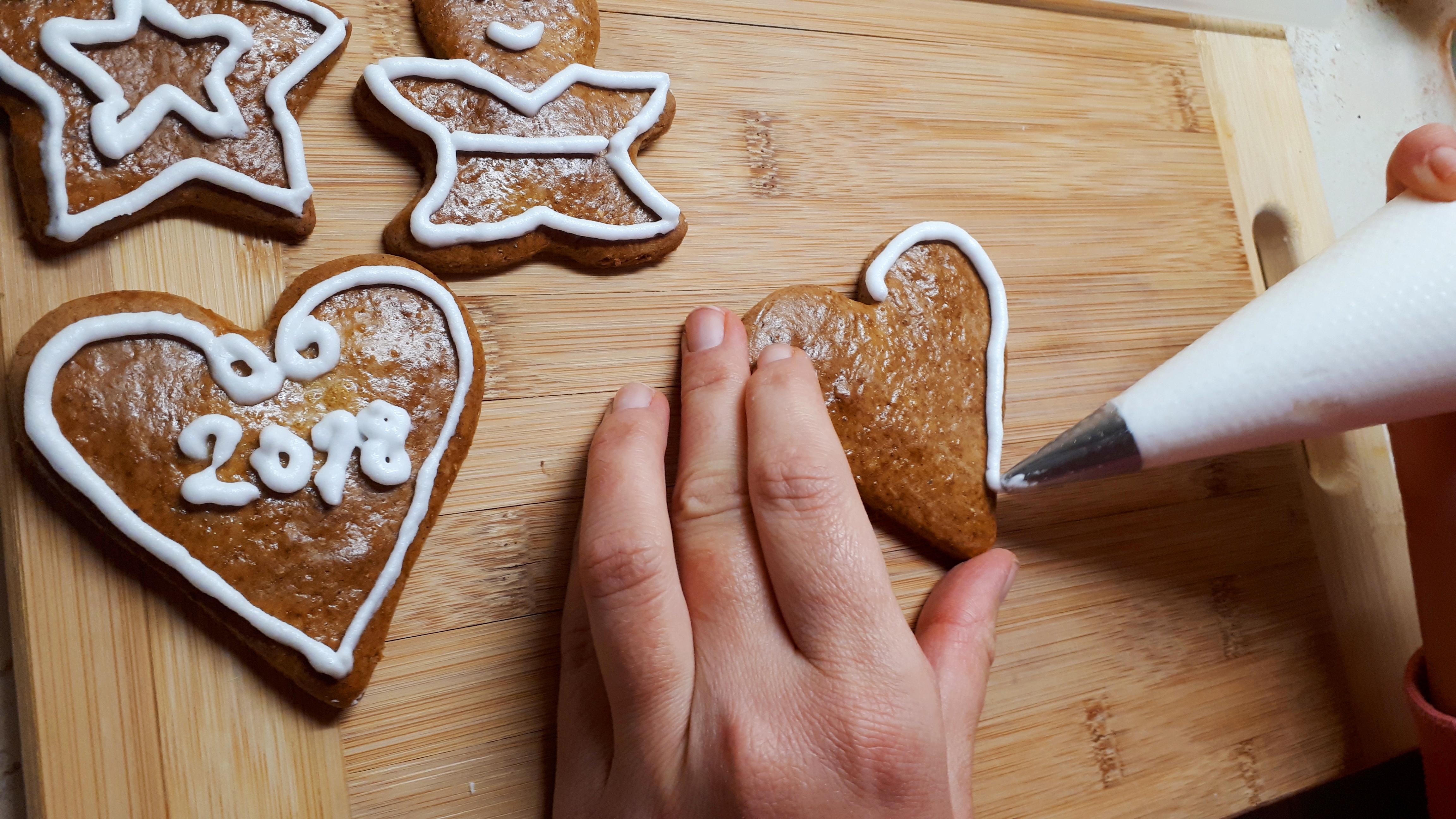 Diétás cukormáz – cukormentes mézeskalács máz (íróka) készítése