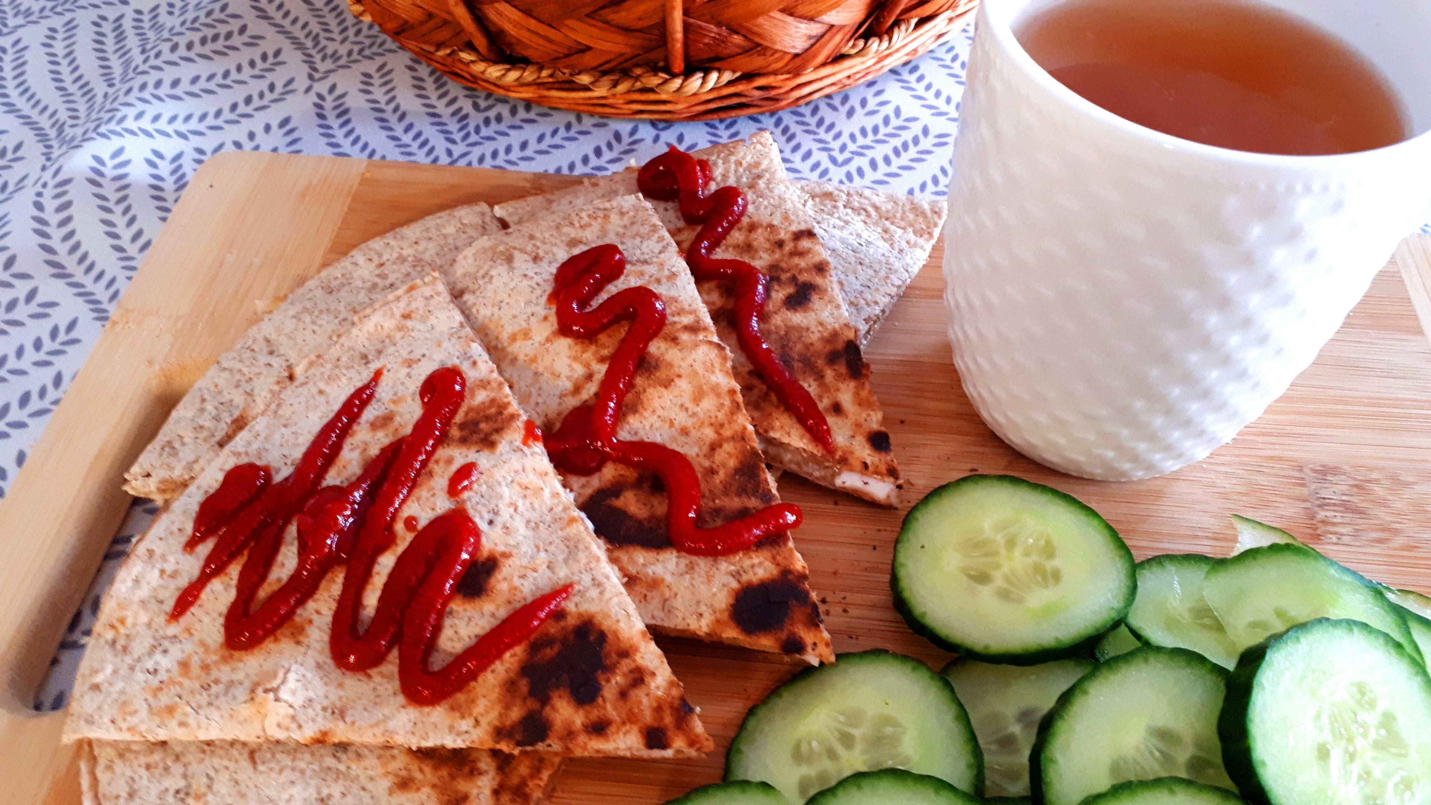 Ropogós sonkás sajtos quesadilla diétás tortilla lapból