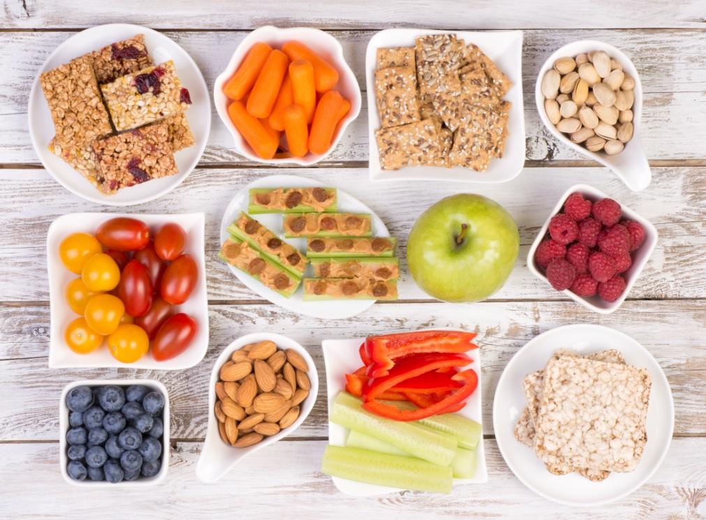 Diétás nasik – mit (t)egyél, ha Rád tör a nassolási vágy?