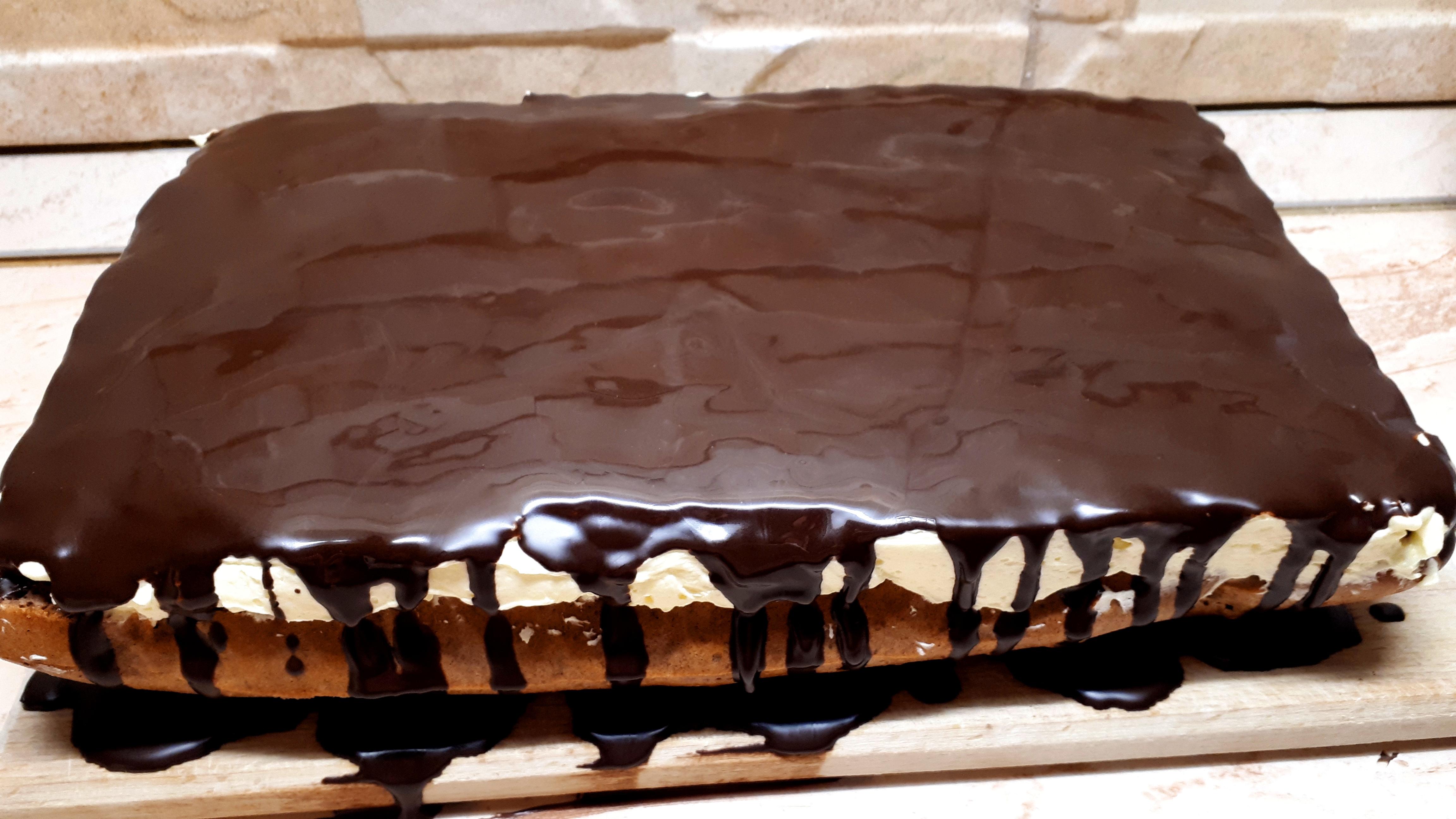 Szénhidrátcsökkentett, cukormentes fordított almás krémes sütemény készítése Dia Wellness 50 % lisztkeverékből