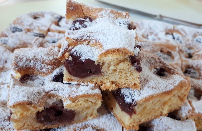 Diétás cukormentes meggyes piskóta recept Dia Wellness szénhidrátcsökkentett lisztből