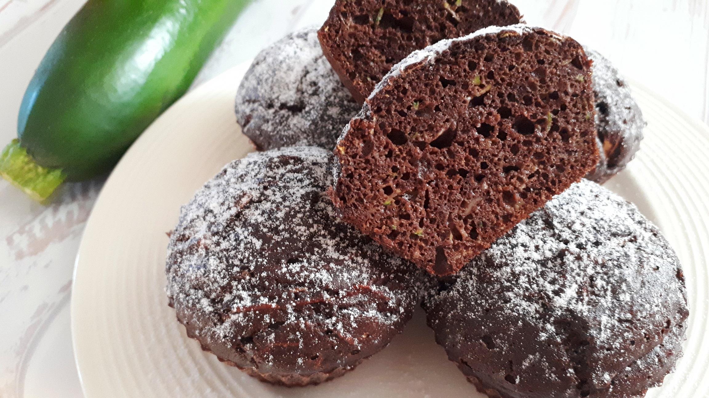 Diétás csokis cukkinis muffin cukor nélkül, Dia Wellness szénhidrátcsökkentett lisztből