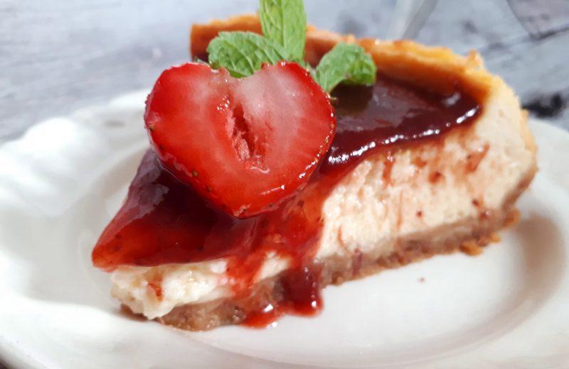 Cukormentes diétás sajttorta diétás darált kekszből, szénhidrátcsökkentett kekszből, light mascarponéból