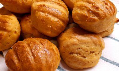 Szénhidrátcsökkentett édesburgonyás pogácsa (diétás krumplis pogácsa)